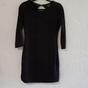 Lily Rose short, quarter sleeved black dress